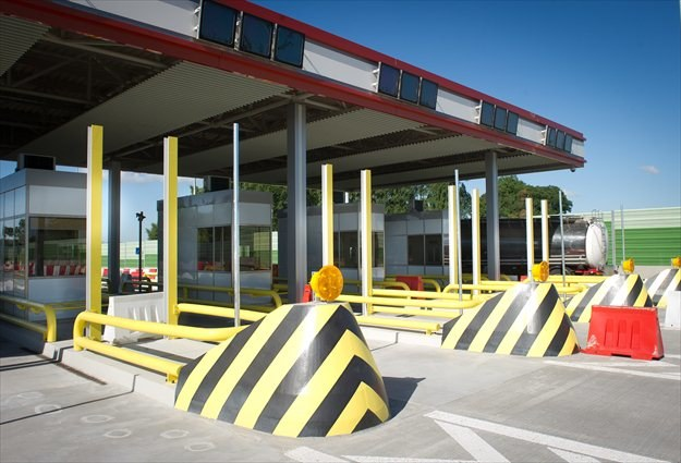 Nowe bramki na autostradzie A2 /PAP