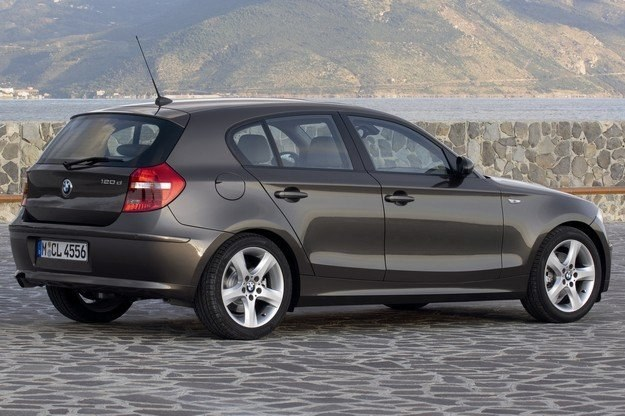 Nowe małe BMW będą miały przedni napęd /