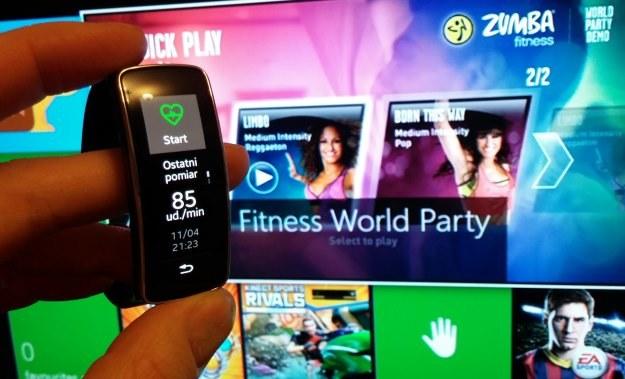 Nowe oblicze rekreacyjnej aktywności fizycznej? Gear Fit i Xbox One - ruch bez wychodzenia z domu /INTERIA.PL