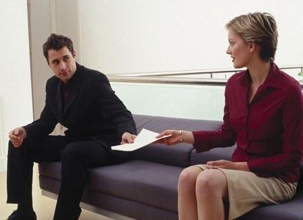 Nowe przepisy mają być ułatwieniem. Niestety niewiele małżeństw spełnia potrzebne kryteria. /ThetaXstock