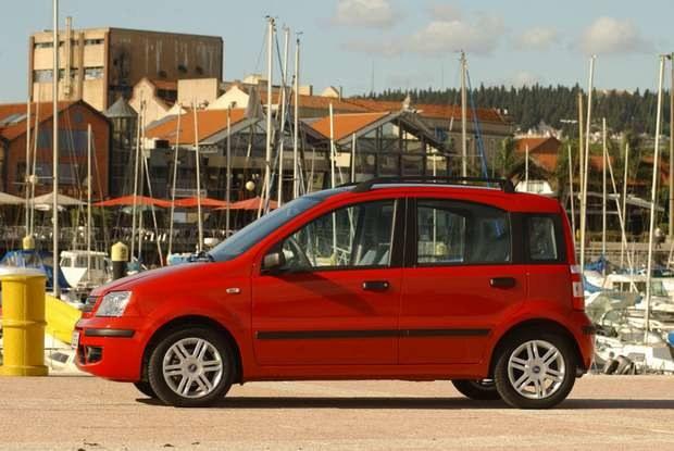 Nowe rozwiązania spowodują, że podrożeją samochody najtańsze / kliknij /INTERIA.PL