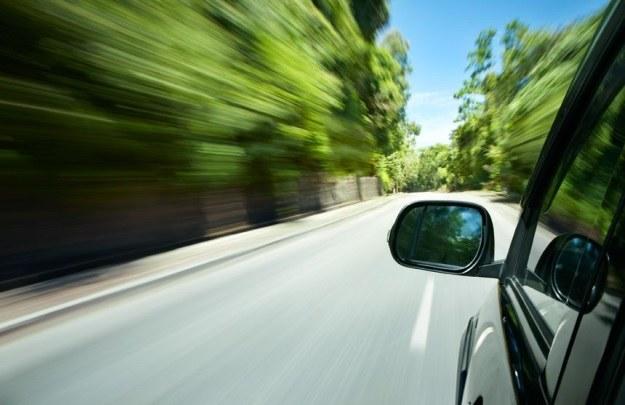 Nowe technologie znane z innych branży już od dawna są obecne w samochodach /123RF/PICSEL