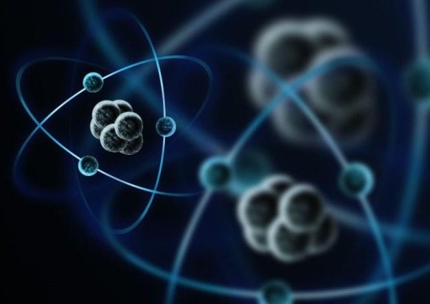 Nowo odkryta kwazicząstka zachowuje się jak ciało stałe i płyn jednocześnie /123RF/PICSEL