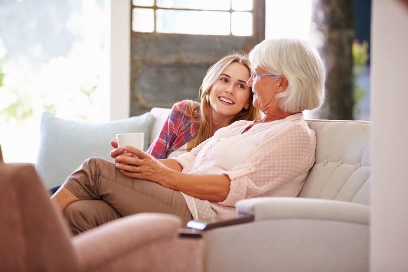 Nowoczesne babcie twierdzą, że nadszedł czas, by zająć się sobą /123RF/PICSEL