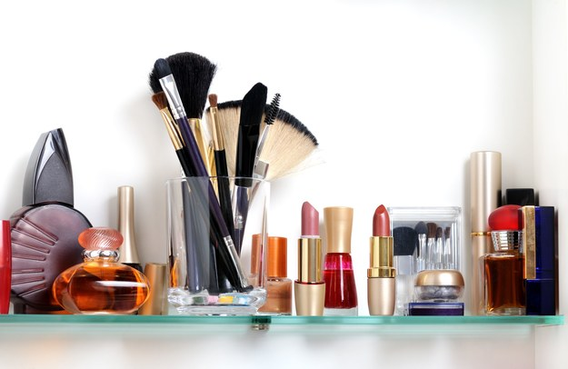 Nowoczesne kosmetyki mają dłuższe działanie /123/RF PICSEL