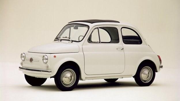 Nowy Fiat 500 to zmniejszona dwuosobowa odmiana znanego u nas Fiata 600. /Fiat
