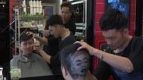 Nowy fryzjerski trend. Na głowie... wyrzeźbi Marylin Monroe!