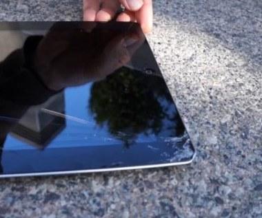 Nowy iPad vs. Nexus 7 w testach zderzeniowych i wodnych