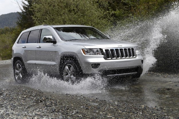 Nowy jeep grand cherokee /