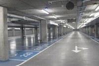 Nowy parking świeci pustkami /RMF