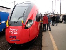 Nowy pociąg, stare tory