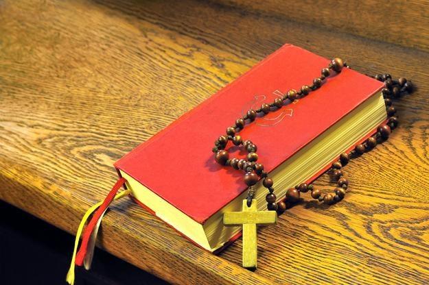 Nowy tekst przyrzeczeń składanych przez rodziców podczas chrztu już jest praktykowany w prawie tysiącu parafiach. /© Panthermedia