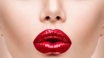 Nowy trend - powiększanie ust tatuażem