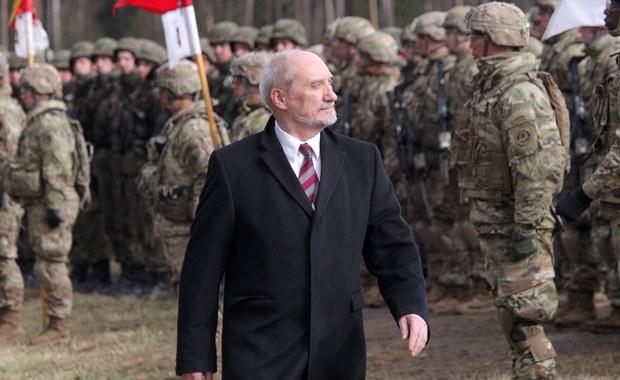 Nowy tydzień w polityce: Przesłuchanie Tuska i walka opozycji o dymisję Macierewicza