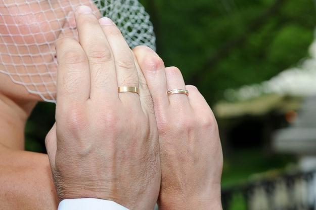 O dobre stosunki w małżeństwie trzeba dbać przez całe życie /East News