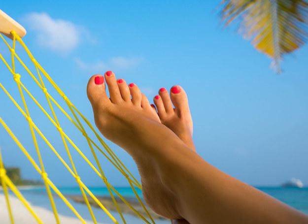O stopy możesz zadbać w domu /©123RF/PICSEL