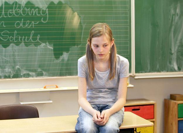 O szkole rozmawiaj z innymi rodzicami. /© Panthermedia