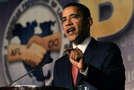 """Obama jest zwolennikiem przykręcenie Iranowi """"dyplomatycznej śruby"""" /AFP"""