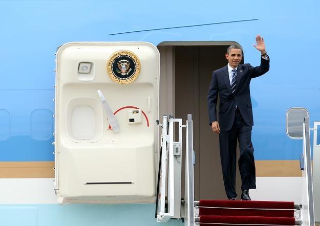 Obama wysiada z Air Force One na Okęciu/Fot. R. Pietruszka /PAP