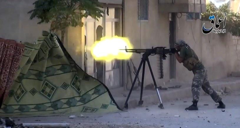 Obcokrajowcy chcą walczyć u boku dżihadystów /AFP
