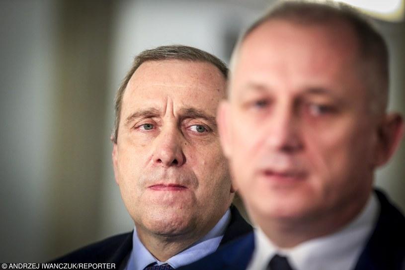 Obecności premier szydło na spotkaniu w KE domagaja się Grzegorz Schetyna i Sławomir Neuman /Andrzej Iwańczuk/Reporter /Reporter