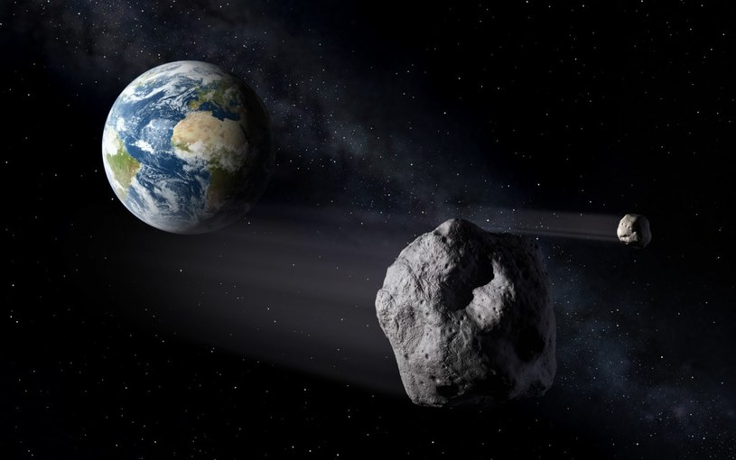 Obiekty typu NEO mijające Ziemię – wizja artystyczna /materiały prasowe