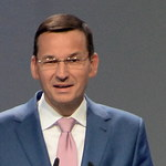 """Obietnica Morawieckiego ws. internetu. """"100 megabitów na 100-lecie niepodległości"""""""