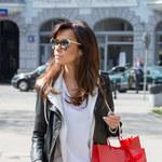 Obładowana Natalia Siwiec wraca z zakupów