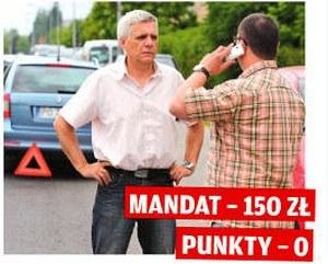 Obowiązek usuwania z drogi auta po kolizji /Motor