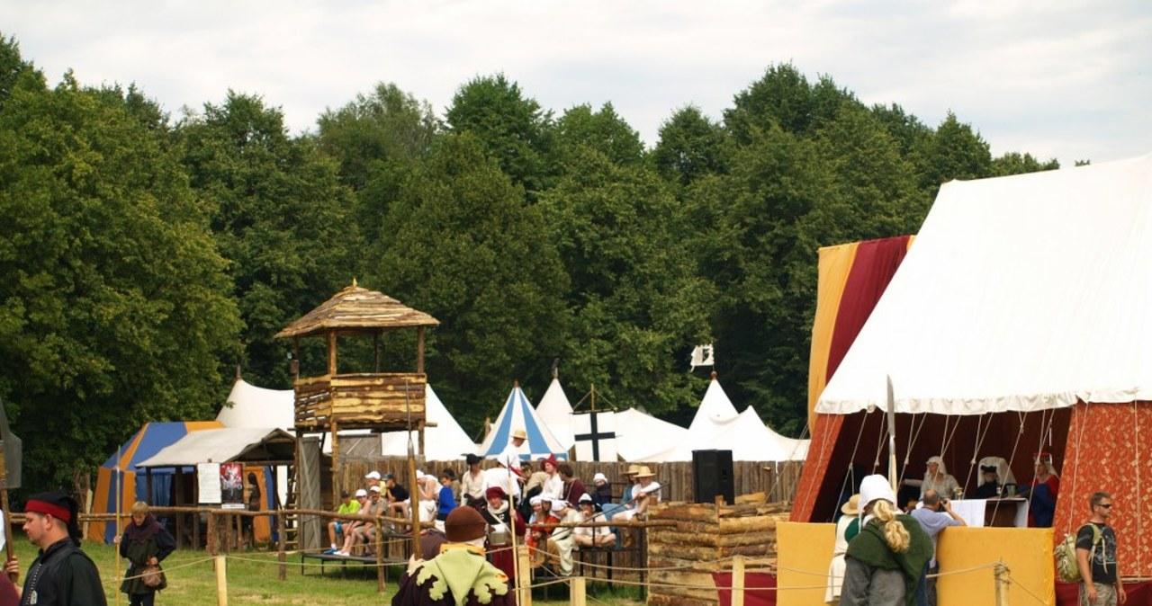Obóz rycerski na polach Grunwaldu