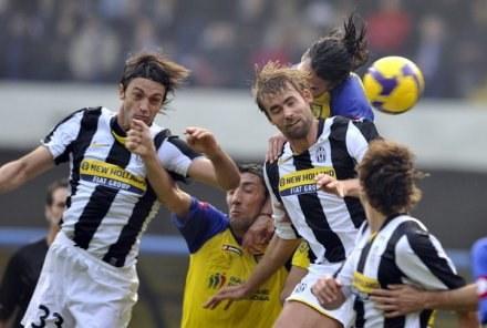 Obrona Juventusu nie spisuje się najlepiej /AFP