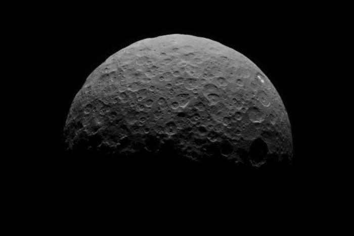 Obserwacje Ceres - 15 kwietnia z odległości 22 tysięcy km /NASA