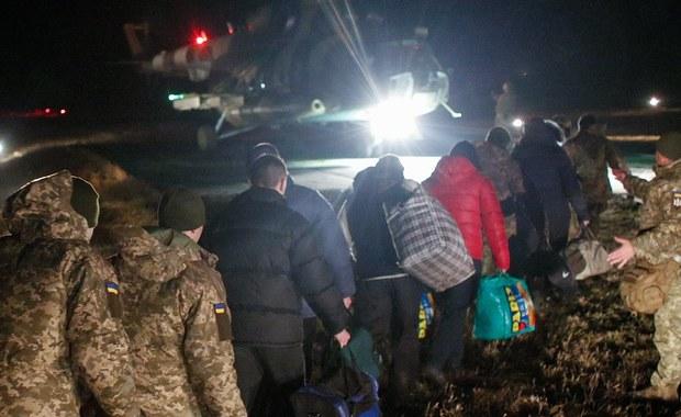 OBWE i Berlin chwalą akcję wymiany jeńców między Ukrainą a separatystami
