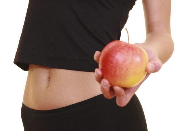 Ocet jabłkowy poprawia trawienie /INTERIA.PL