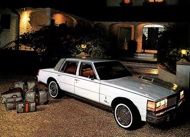 Ociekająca luksusem wersja z zestawem walizek w pakiecie. Własna inicjatywa lokalnego dealera Cadillaca z Miami. /Cadillac