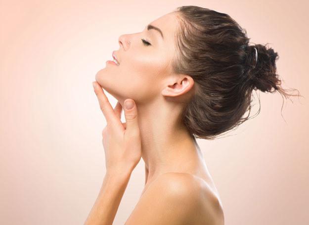 Oczyszczanie jest pierwszym, podstawowym krokiem w pielęgnacji skóry /123RF/PICSEL
