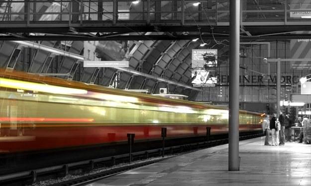 Od 1 lipca pasażerowie będą mogli się domagać odszkodowania za opóźniony pociąg /© Panthermedia
