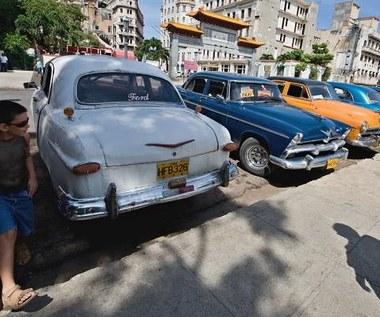 Od 1959 roku nie mogli kupować aut. Od piątku będą mogli!