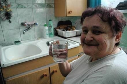 Od kilku tygodni z jej kranu płynie woda z Czech/ fot. Wojciech Trzcionka /Gazeta Codzienna