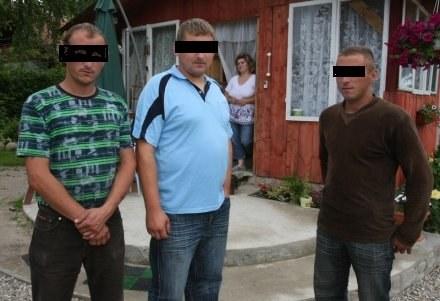 Od lewej skazani Mirosław, Tomasz i Krzysztof W. / fot. T. Radzik /Agencja SE/East News