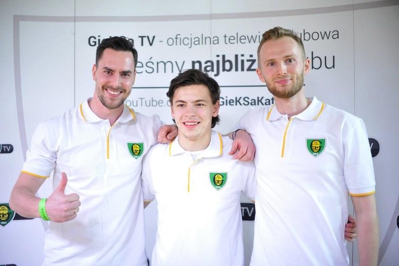 Od lewej: Tomasz Malasiński, Patryk Wronka i Dariusz Gruszka /Rafał Rusek /Newspix