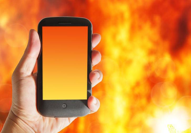 Od połowy lipca Svpeng został wykryty na urządzeniach z systemem Android około 318 000 użytkowników /123RF/PICSEL