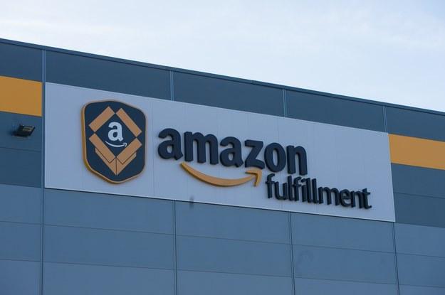 Od września Amazon Polska podniesie pensje pracownikom centrów logistycznych w Wielkopolsce i na Dolnym Śląsku /fot. Maciej Witkowski /Reporter