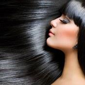 Odcienie włosów, które odmładzają twarz