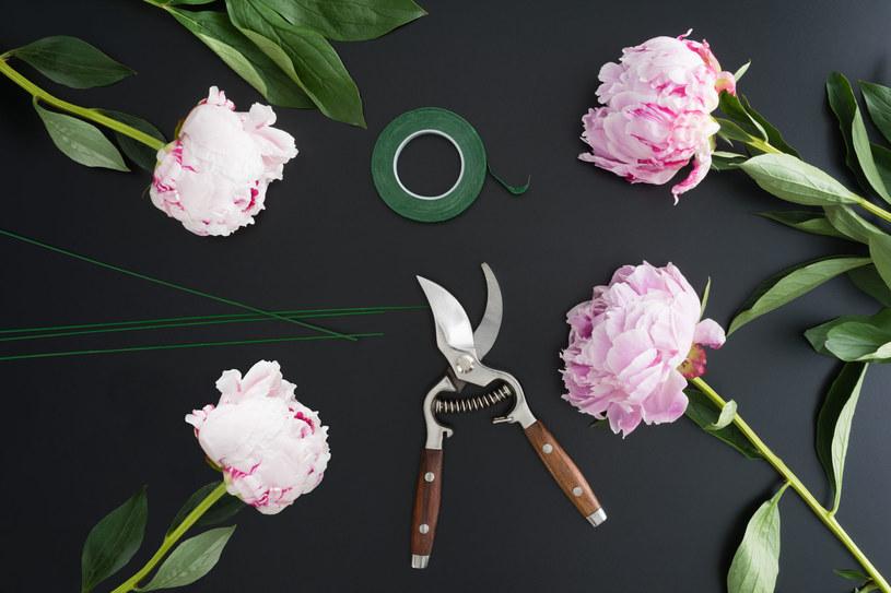 Odpowiednio zadbane cięte kwiaty mogą stać w wazonie nawet dwa tygodnie /123RF/PICSEL
