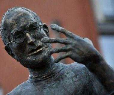 Odsłonięto pierwszy pomnik Steve'a Jobsa