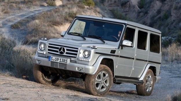 Odświeżona klasa G jest oferowana w wersji pięciodrzwiowej (na zdjęciu), a także trzydrzwiowej i jako kabriolet. Wszystkie jednakowo kanciaste, jak 30 lat temu. /Mercedes