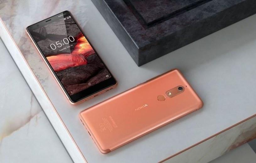 Odświeżona Nokia 5 będzie dostępna w nowych kolorach /materiały prasowe