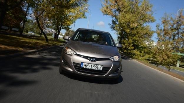 Odświeżony przód nawiązuje do pozostałych modeli Hyundaia. /Motor