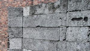 Odwet na więźniach Auschwitz. Rozstrzelano około 280 osób